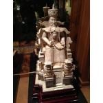 Пара скульптур из слоновой кости